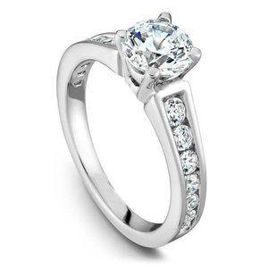 Jewelry - 4.20 ct Gorgeous round cut diamonds engagement